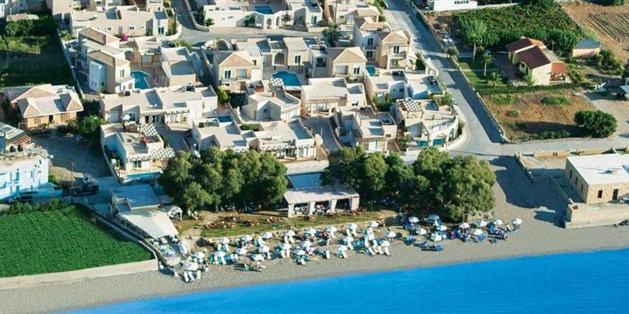 seafront complex of villas Kissamos 900x450 - 8 days Luxury Gastronomy Tour in Crete Greece - The Origin of Mediterranean Cuisine!