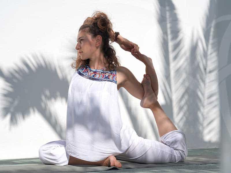santorini2018 pose3 - 7 days Yoga in Santorin Greece - A YogaYamas vacation