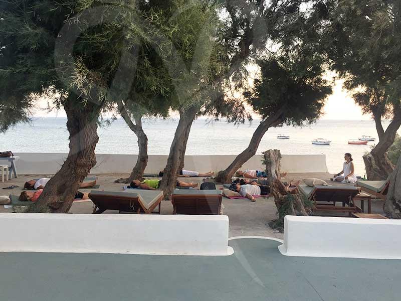 santorini2018 practice2 - 7 days Yoga in Santorin Greece - A YogaYamas vacation